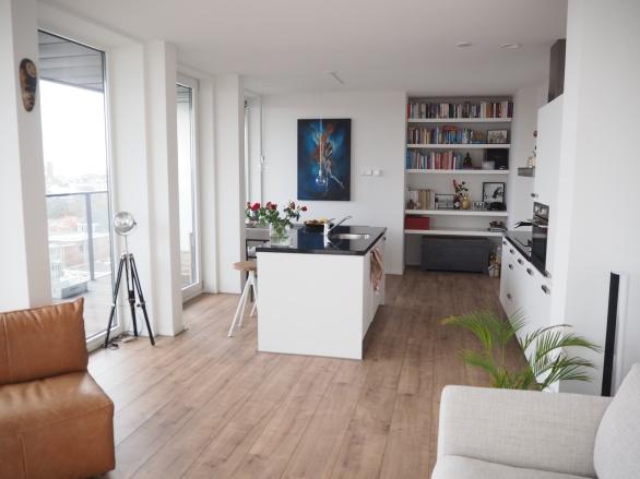 Painting in livingroom Sofie Krete